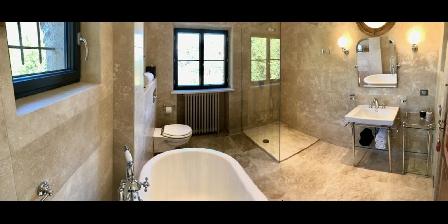 Chambre d'hotes La Magaloun > La  salle de bain Pervenche