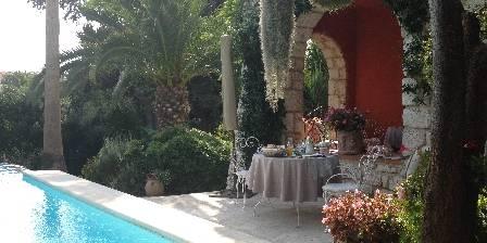 Gastezimmer La Magaloun > In the morning  > Klicken Sie hier um das Foto zu vergrößern