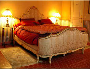Bed & breakfasts Alpes Maritimes, from 80 €/Nuit. House/Villa, Villeneuve Loubet (06270 Alpes Maritimes), Charm, Guest Table, 2 Double Bedroom(s), Lounge, Library, Chimeney, Gites De France 3 épis, South Direction, No Smoking Hou...