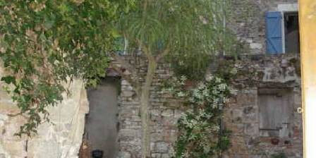 Maison au Puits La cour intérieure