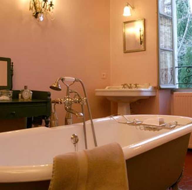 Chambre d'hote Bouches du Rhône - La salle de bain de la suite Rose