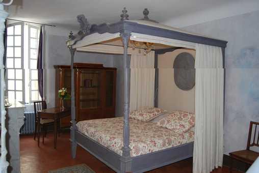 Chambre d 39 hote maison gonzagues chambre d 39 hote var 83 for Chambre louis xiv