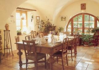 Gastezimmer Alpes de Haute Provence, Enchastrayes (04400 Alpes de Haute Provence)....