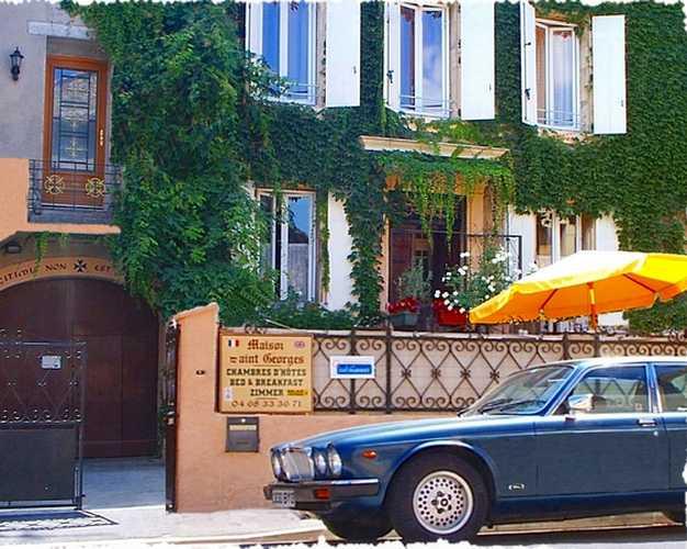 Gastezimmer Aude, ab 50 €/Nuit. Ferienhaus, Coursan (11110 Aude), Luxus, 3 schlafzimmer double(s), 1 suite(n), 8 personen maximum, Clévacance, Nichtraucher, Tiere nicht erlaubt. A proximité : Narbonne 6 km, Carcas...