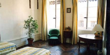 Maison Sainte Barbe Chambre Côté Cloître