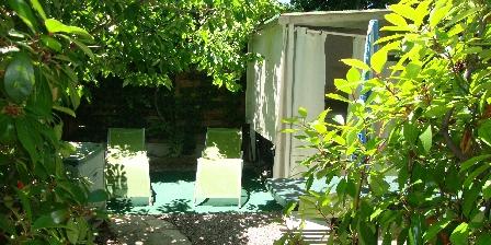 Maison Soleil Bleu Chambre COTE JARDIN