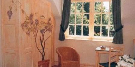 Manoir de Bois en Ardres Une vue de la Suite Glycine