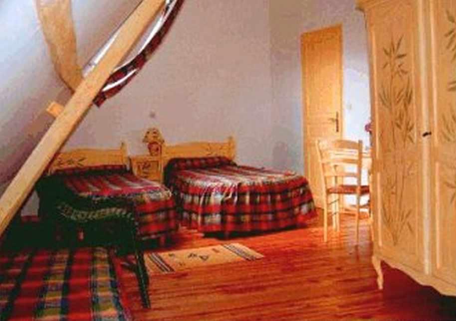 Manoir de bois en ardres ardres chambres d 39 h tes pas de for Chambre d hotes pas de calais