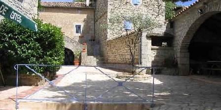 Gite Mas de la Bastide > La cour intérieure