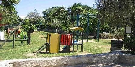 Gite Mas de la Bastide > Les jeux pour enfants