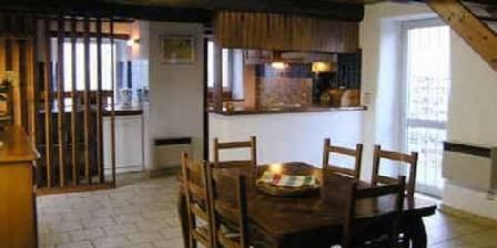 Mas de la Bastide Gîte Fenière salle à manger - cuisine