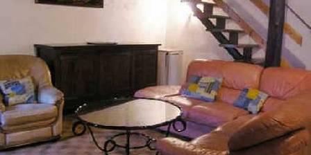 Mas de la Bastide Le gîte Magnodaire et son salon