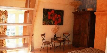 Mas de la Cigale Bleue Provençale Suite