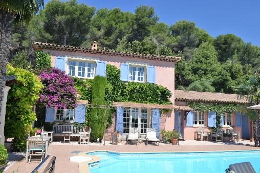 Chambres d'hotes Alpes Maritimes, à partir de 72 €/Nuit. Tourrettes sur Loup (06140 Alpes Maritimes). A proximité : Saint Paul De Vence 6 km, Nice 28 km, Cannes 25 km, Saint Tropez 100 km, Monaco, San Remo, Saint Paul De Vence 6 ...