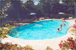 Bed & breakfasts Ardèche, from 47 €/Nuit. House/Villa, Labastide de Virac (07150 Ardèche), Swimming Pool, Garden, Park, 6 Double Bedroom(s), 14 Maximum People, Kids Games, Travel Cheques, Ping Pong, Bowls, No Smoking Hous...
