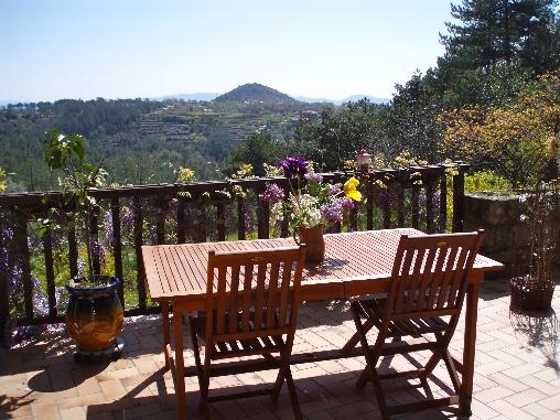 Chambre d'hote Ardèche - terrasse du petit déjeuner