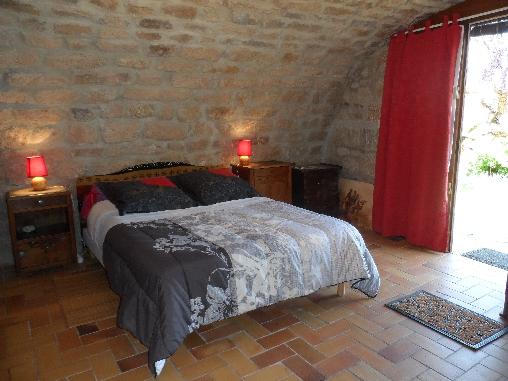 Chambre d'hote Ardèche -  marie louise. 1 lit double
