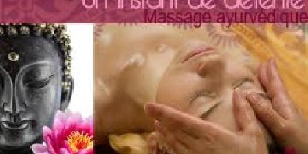 Mas du Tracol Le tipi pour les massages