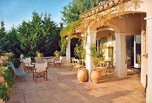 Chambres d'hotes Var, La Londe les Maures (83250 Var). A proximité : Lavandou 12 km, Hyeres 10 km, Saint Tropez 48 km....