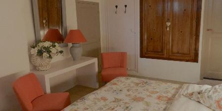 Mas Vacquières Room Jasmin