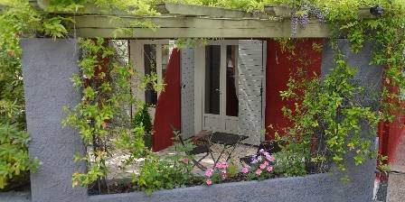 Bed and breakfast Les Mayombes > La terrasse chambre Nymphea