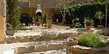 Le Clos Mazerolles Le jardin