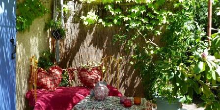 Mazet des Alpilles La détente au jardin