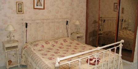 Bed and breakfast La Mignarde > Chambre Fleurie