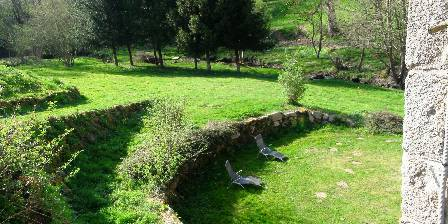 Le Moulin de la Louve Entry