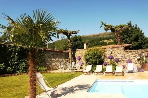 Chambre d'hote Ardèche - Vue de la piscine