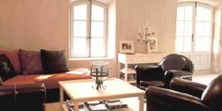 Chambre d'hotes Mas du Mouret > Le salon