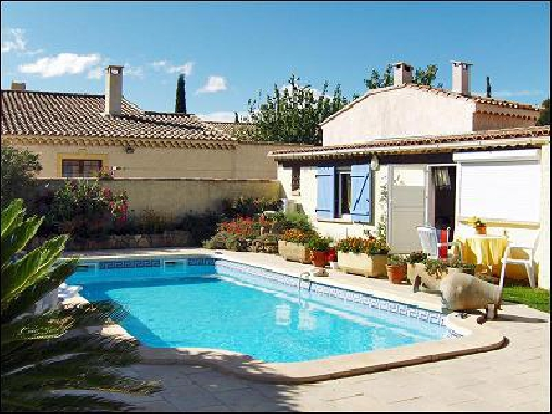 Bed & breakfasts Bouches du Rhône, from 49 €/Nuit. House/Villa, Apartement, Saint Chamas (13250 Bouches du Rhône), Guest Table, Swimming Pool, Garden, Net, WiFi, T.V., Baby Kits, Parking, Air-Conditioning, 2 Double Bedroom(s), 1 S...