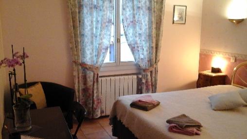 Chambre d'hote Bouches du Rhône - la chambre rose