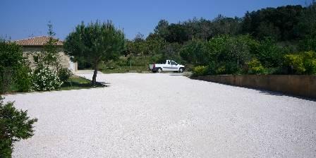 L'Oasis des Corbières Le parking