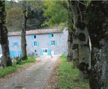 Bed & breakfasts Ariège, from 50 €/Nuit. Fougax et Barrineuf (09300 Ariège), Charm, Disabled access, 5 Double Bedroom(s), Lounge, Library, Chimeney, Travel Cheques, Mountain View. A proximité : River, Mountain, Night Clu...