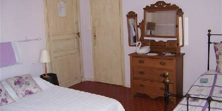 Gästezimmer Maison Pélissier > Chambre des Vignes