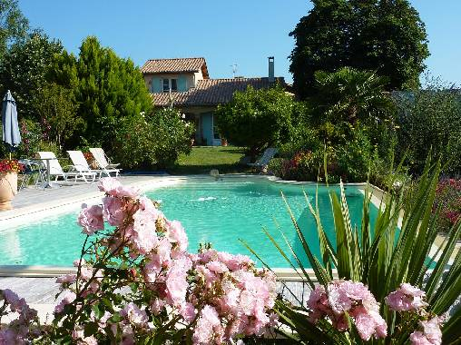 Bed & breakfasts Drôme, from 58 €/Nuit. House of character, Saint Donat sur Herbasse (26260 Drôme), Charm, Guest Table, Swimming Pool, Park, Net, WiFi, T.V., 3 Double Bedroom(s), 6 Maximum People, Chimeney, Ping Pong, M...