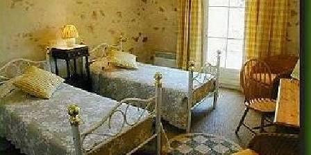 Moulin de Pommarède La chambre d'hôtes Jaune