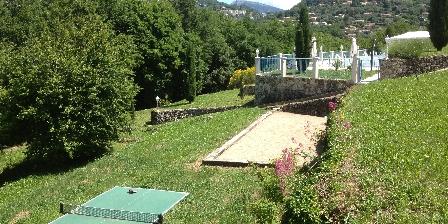 Relais de Peyloubet Ping-pong and Petanque