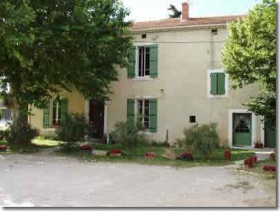 Chambres d'hotes Vaucluse, à partir de 43 €/Nuit. Camaret sur Aigues (84850 Vaucluse)....