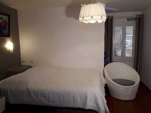 bed & breakfast Alpes de Haute Provence - chambre lit 140