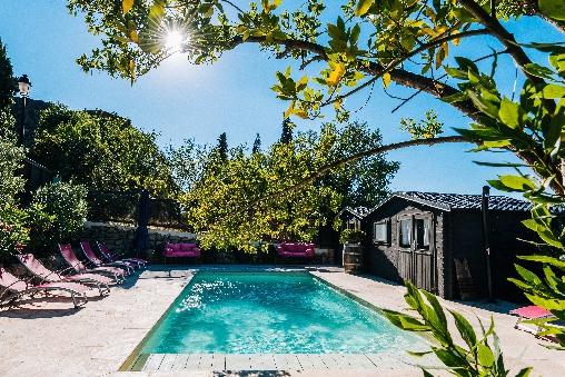 Chambre d'hote Aude - un jardin couvert