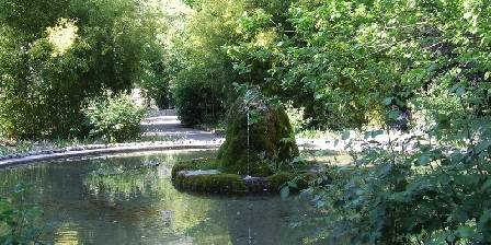Le Saint Pierre Public parc