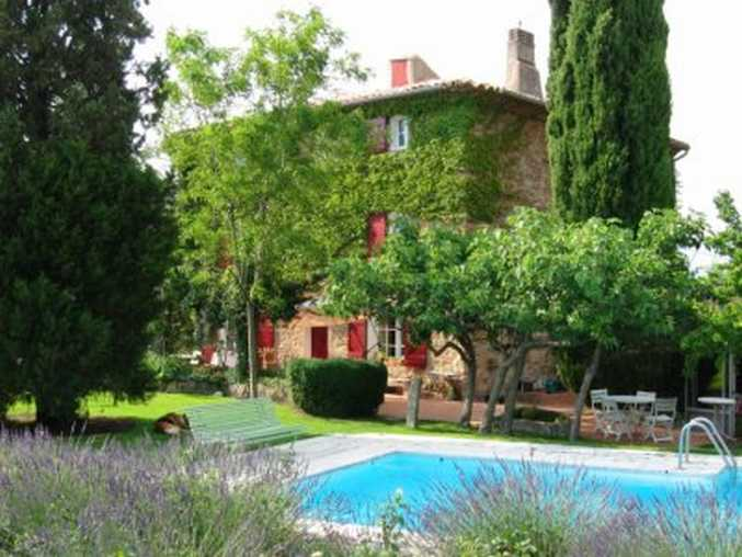 Bed & breakfasts Bouches du Rhône, from 95 €/Nuit. House/Villa, Peynier (13790 Bouches du Rhône), Charm, Swimming Pool, Park, WiFi, 4 Double Bedroom(s), 12 Maximum People, Lounge, Fleurs De Soleil, Ping Pong, Country View, South D...