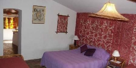 Chambre d'hotes Mas Sainte Anne >