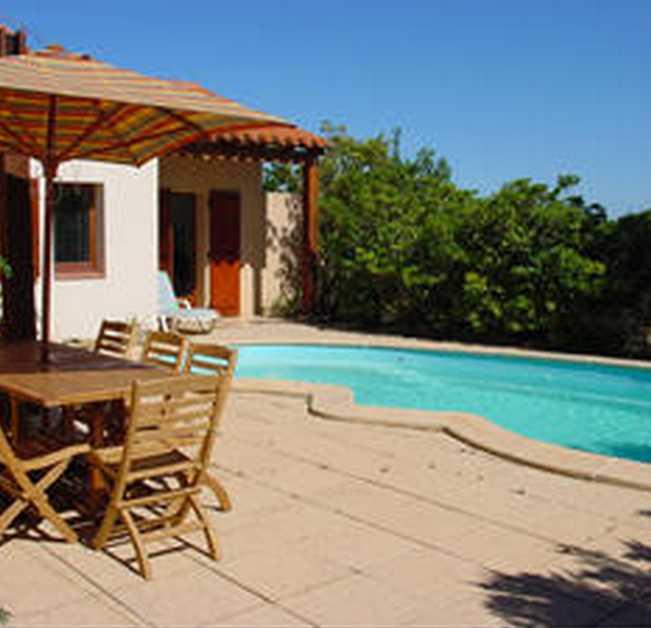 Soleil et vignes salses le ch teau chambres d 39 h tes pyr n es orientales chambre d 39 hote languedoc - Chambre d hote pyrenees orientales ...