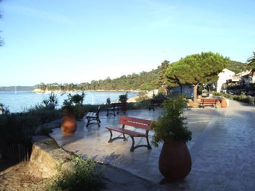 Chambre d'hote Var - plage de cavalière le matin