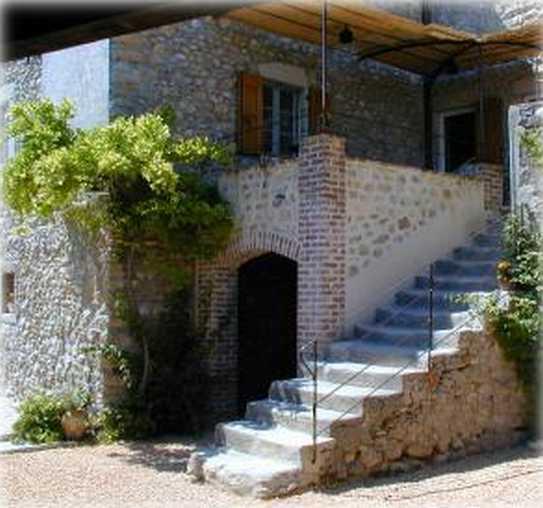 Chambre d'hote Gard - escalier terrasse