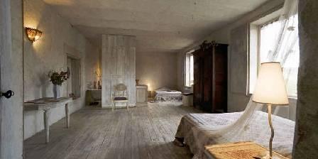 La Veyrardière La chambre de l' Alcove