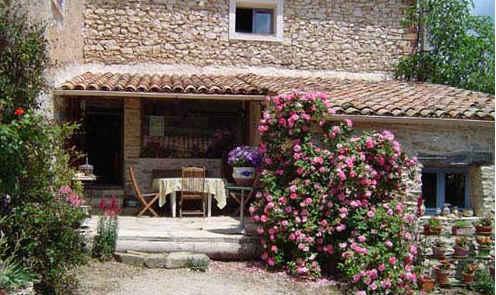 Bed & breakfasts Alpes de Haute Provence, Saint Etienne les Orgues (04230 Alpes de Haute Provence)....